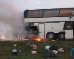горящ автобус