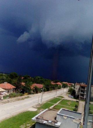 торнадо-видин